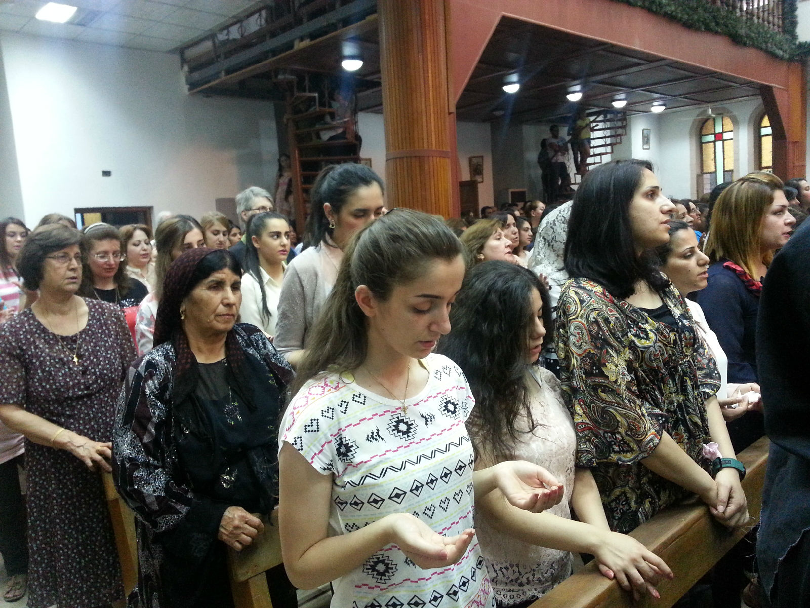 Iraqi christians united in prayer