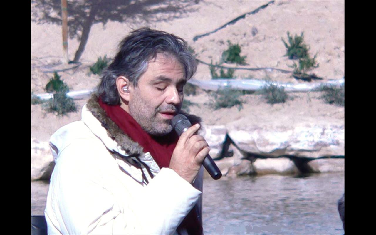 El cantor y compositor italiano Andrea Bocelli