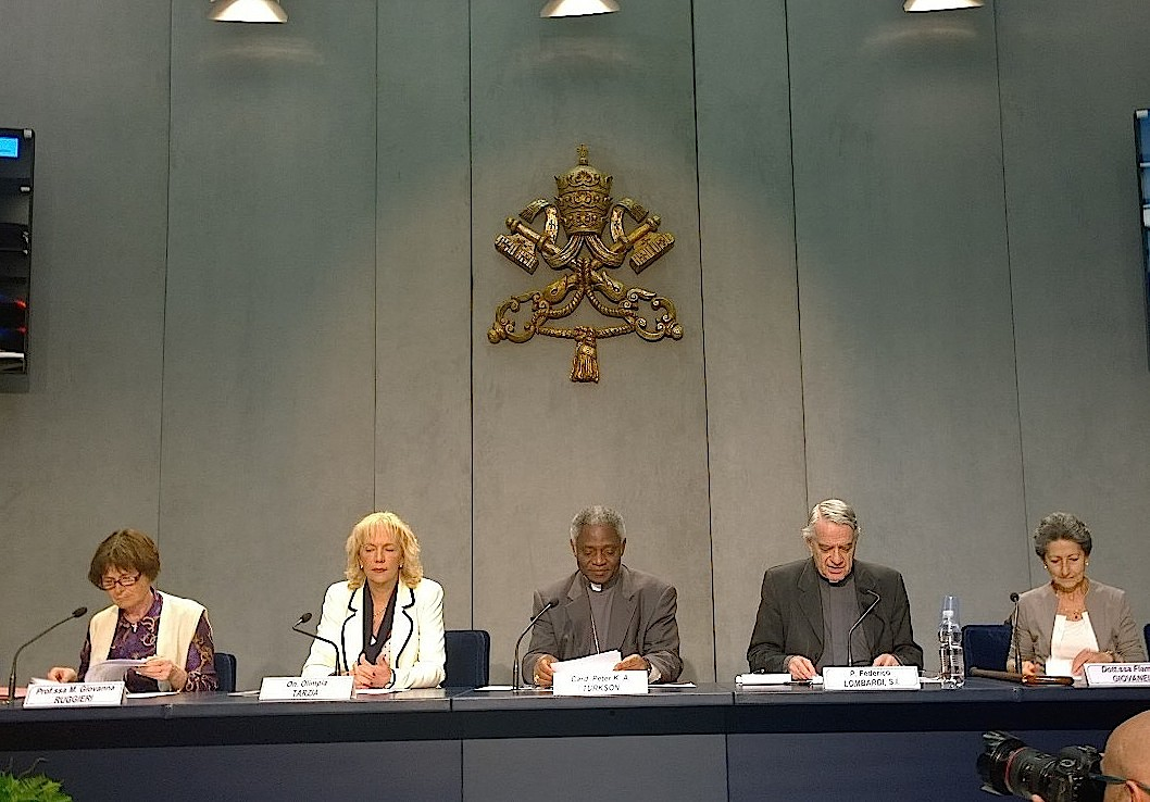 Presentation of the conference women post 2015 at the Vatican press room