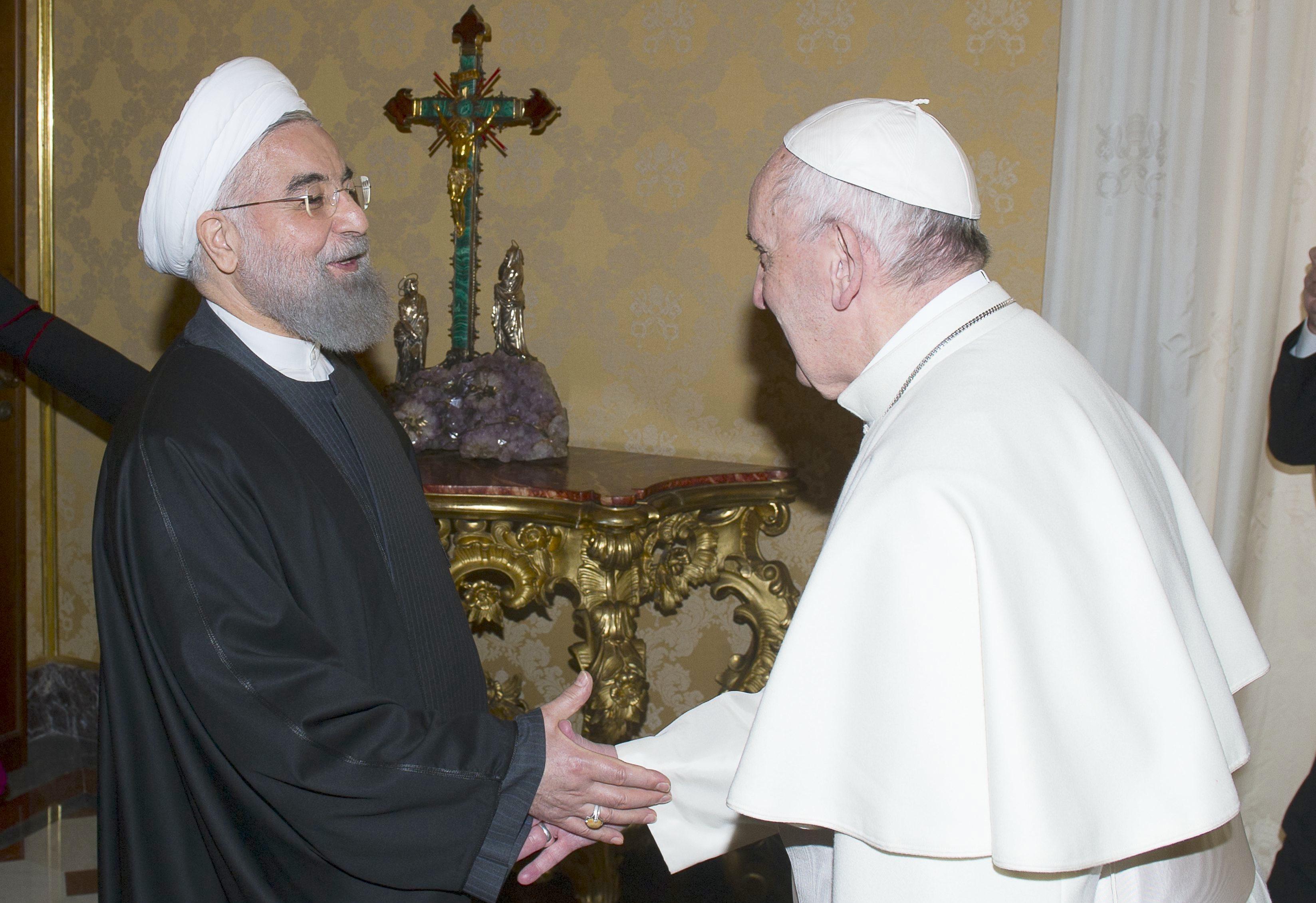 Papa Francesco - Hassan Rouhani Presidente Iran