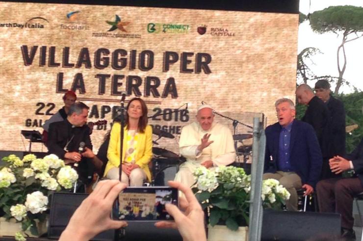 """Il Papa al """"Villaggio per la Terra"""""""