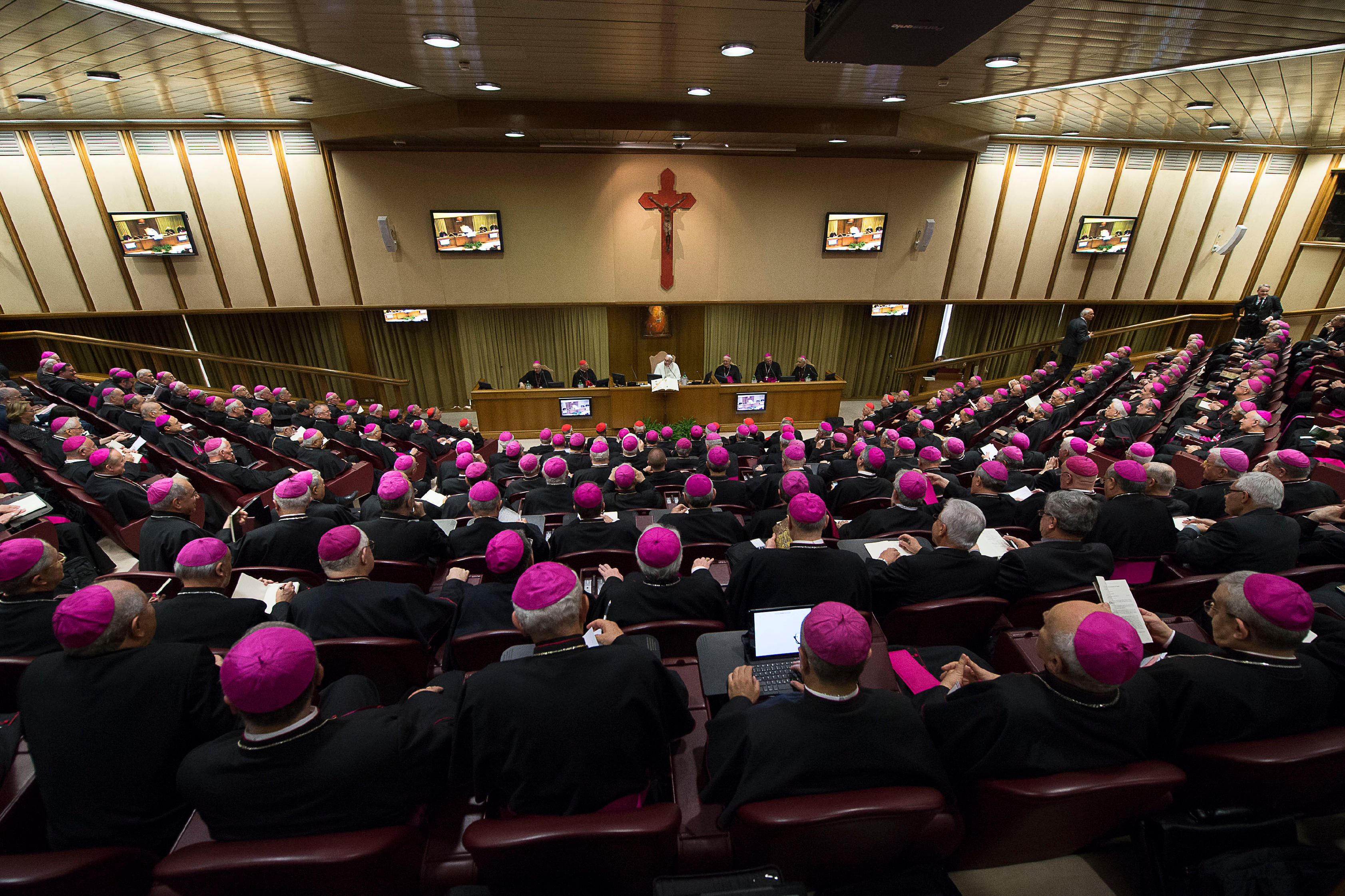Pope meets the Italian Conference of Bishops (CEI) on Monday