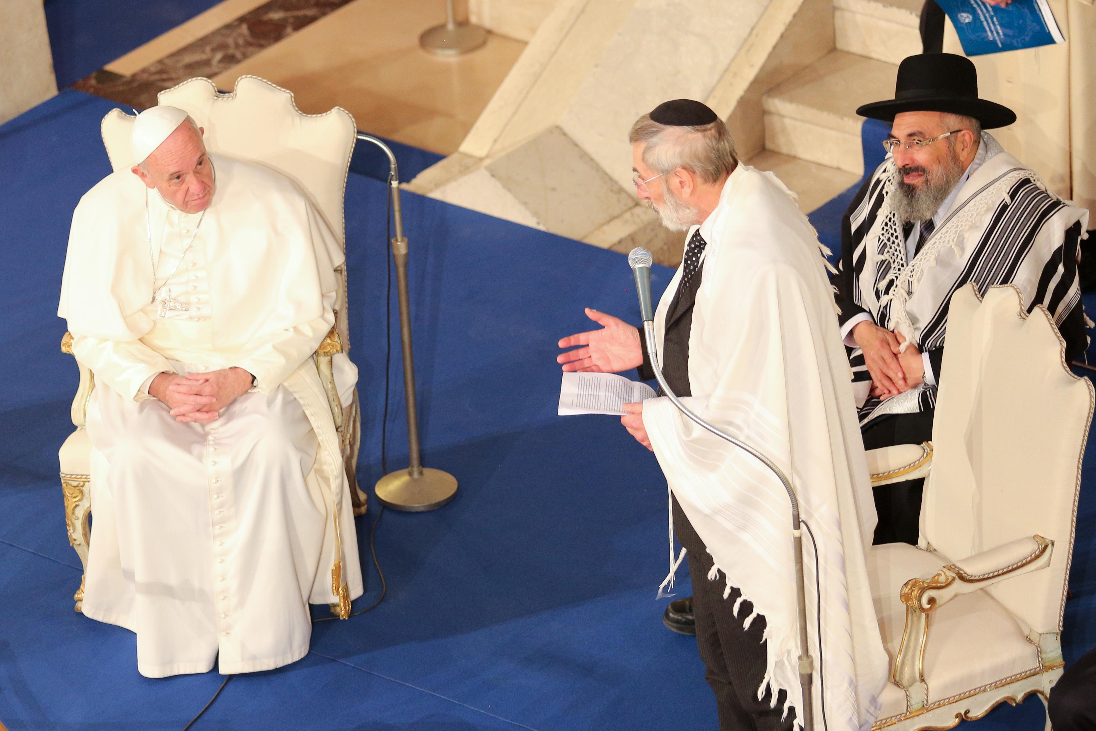 Papa Francesco nella Sinagoga di Roma
