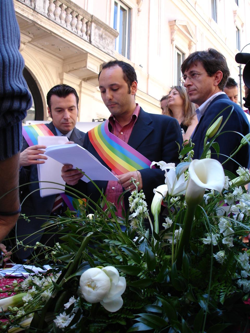 Civil unions between homosexuals