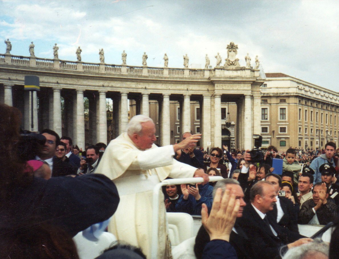 Pope John Paul II greets young pilgrims during WYD 2000