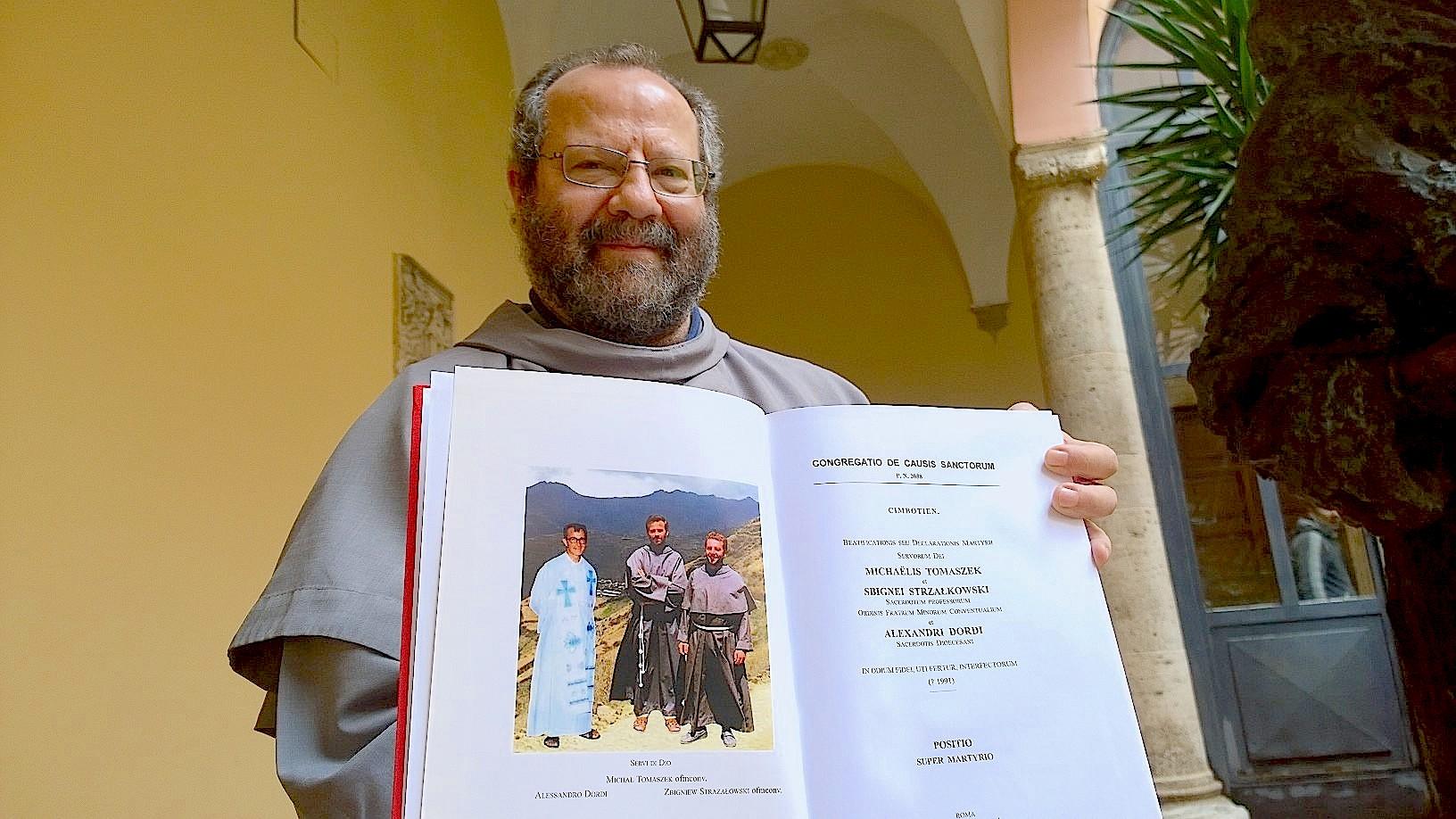 Fray Angelo Paleri postulator of priest died by Sendero Luminoso in Perú - april 2015
