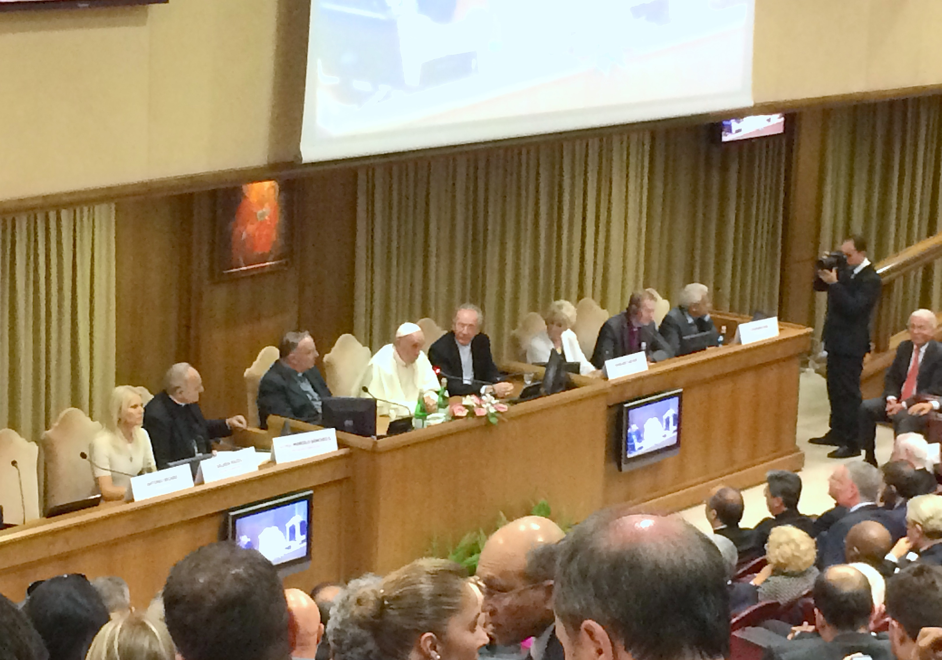Summit of the mayors of the world in the Vatican