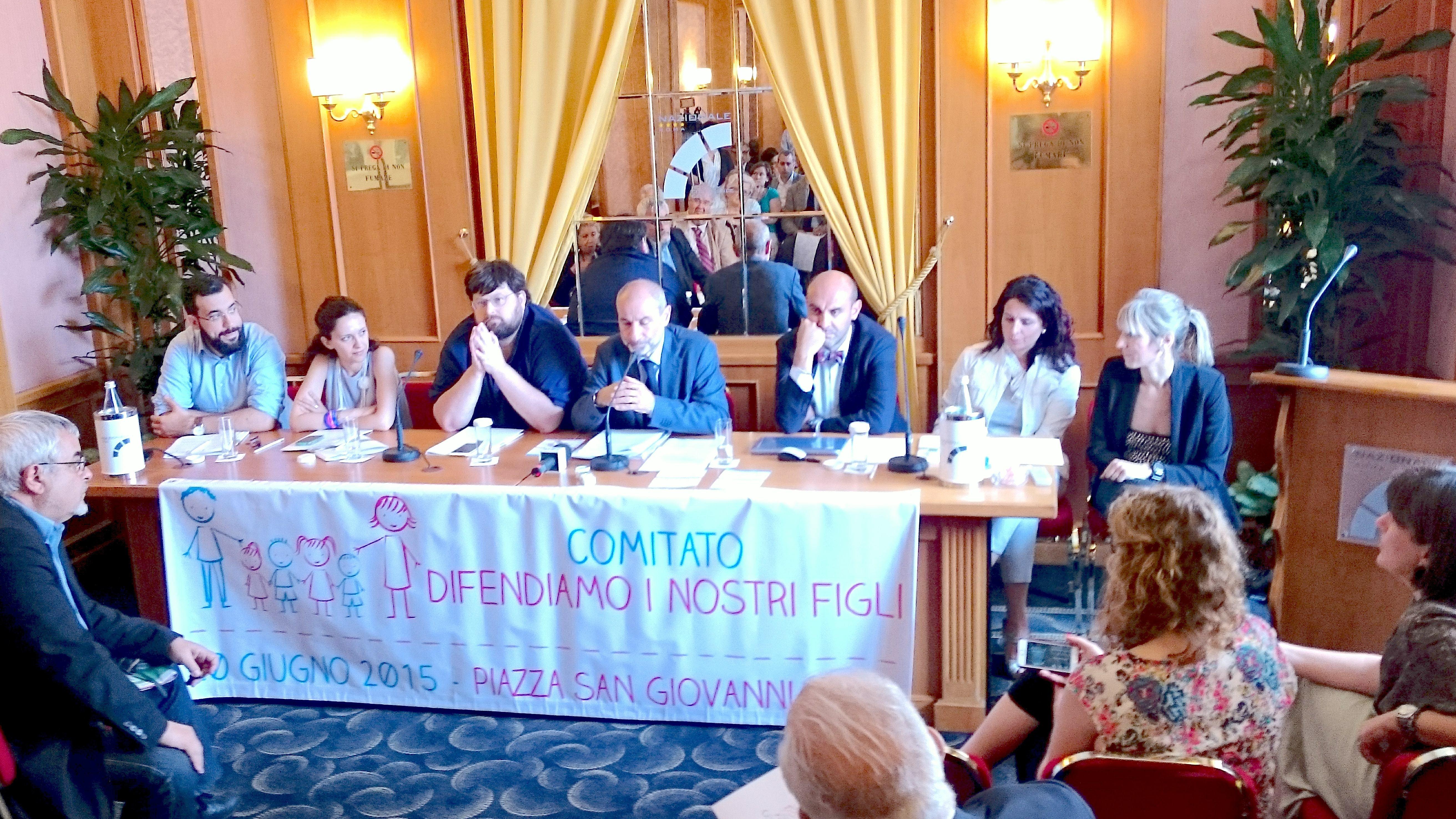 """Press conference """"Difendiamo i nostri figli"""""""