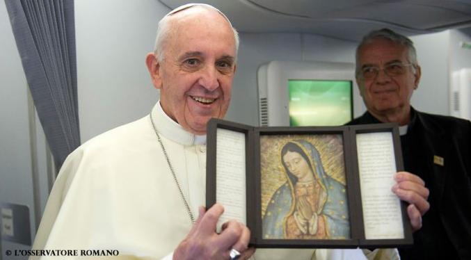 Papa Francesco e la Vergine di Guadalupe