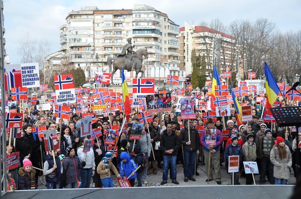 Protest in Targoviste (Ro) for Bodnariu Family