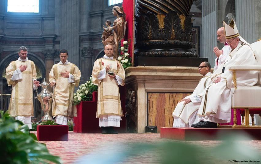 Papa Messa Crismale 2016