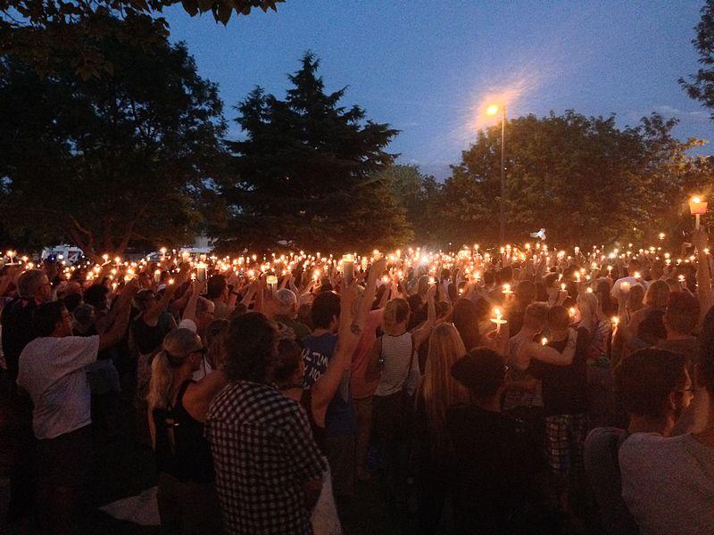 Candlelight vigil for the Orlando nightclub shooting - Wikimedia Commons