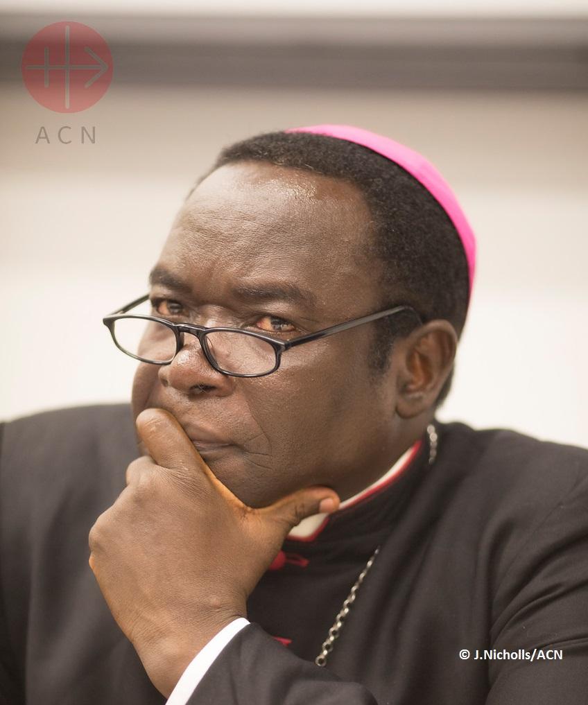 Mons. Kukah, vescovo di Sokoto (Nigeria), ad ACS: per comprendere le radici del conflitto è necessario considerare l'odio e la discriminazione religiosi